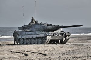 800px-Leopard_2_tank_in_Dutch_service