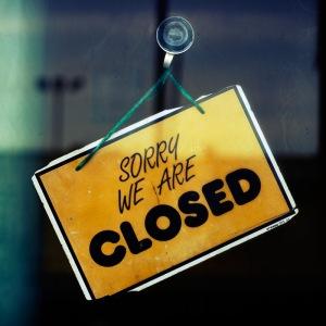 closedsign2